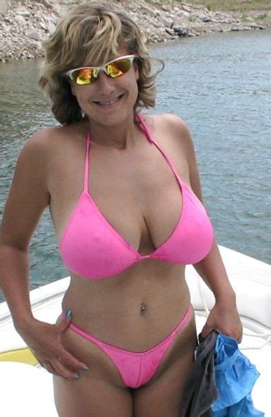 old wife bikini jpg 393x605