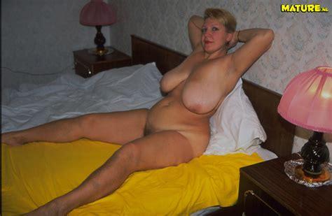 fuck naked older woman jpg 600x392