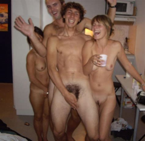 Porn stripper hot moms stripping in videos mature club jpg 920x895