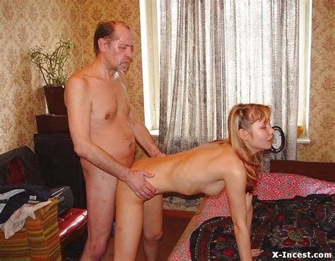 dad gives daughter orgasm jpg 800x626